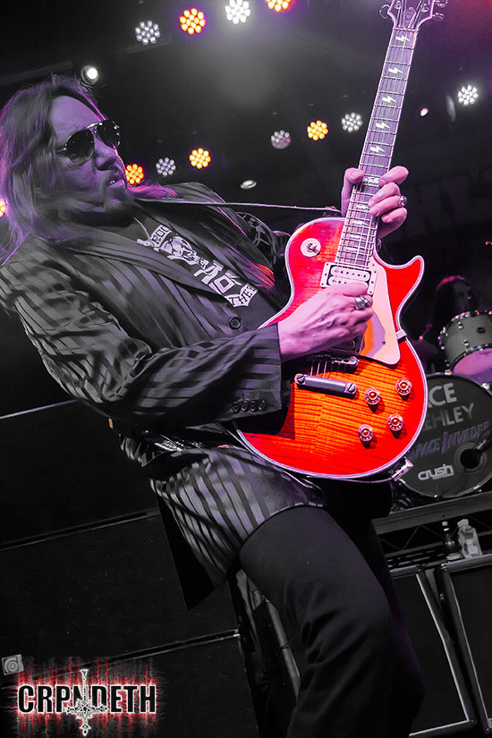 Ace Frehley News ! - Page 22 Af110