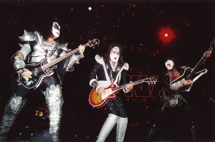 Ace Frehley News ! - Page 19 Kiss0210