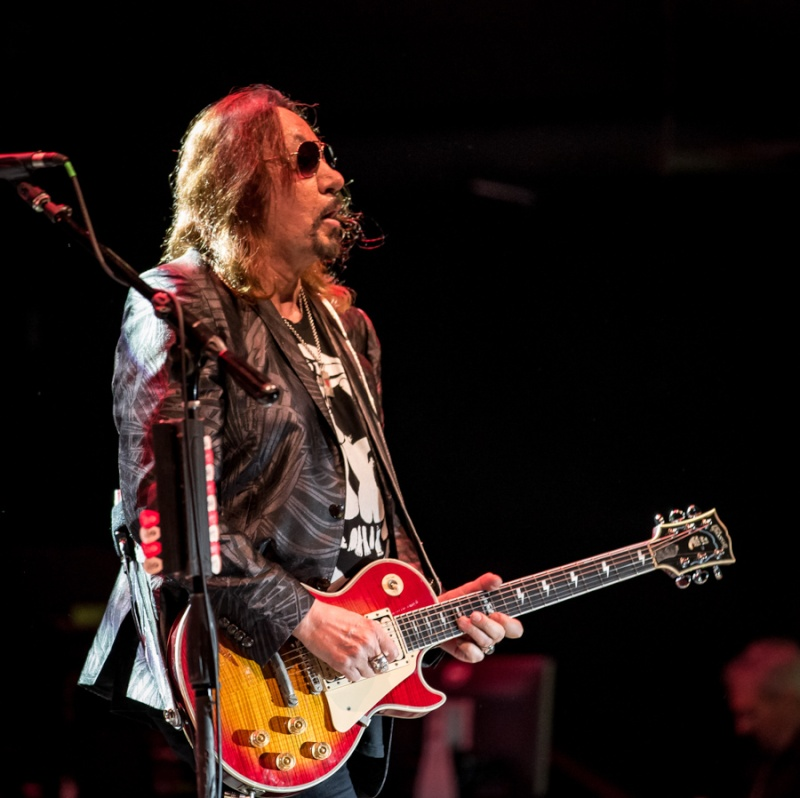 Ace Frehley News ! - Page 21 Mpiekp15