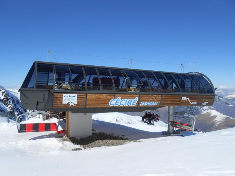 Les gares des télésièges débrayables G2-tsd14