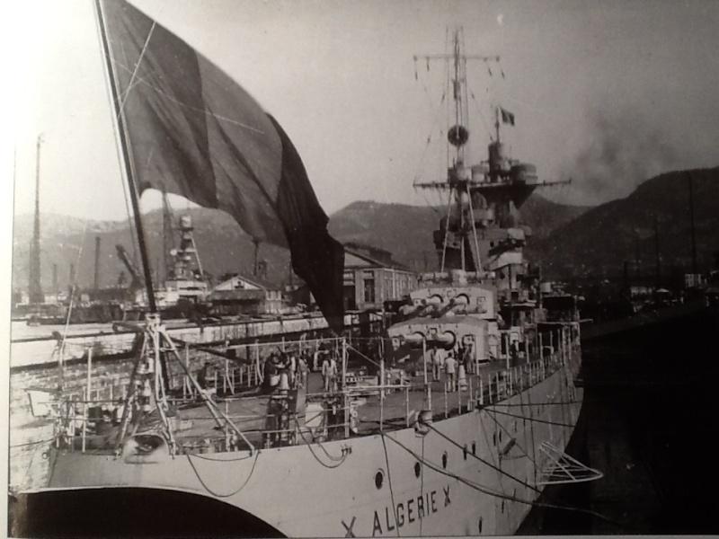 [1/400ème] Croiseur de 10 000t classe ALGERIE. Croise13