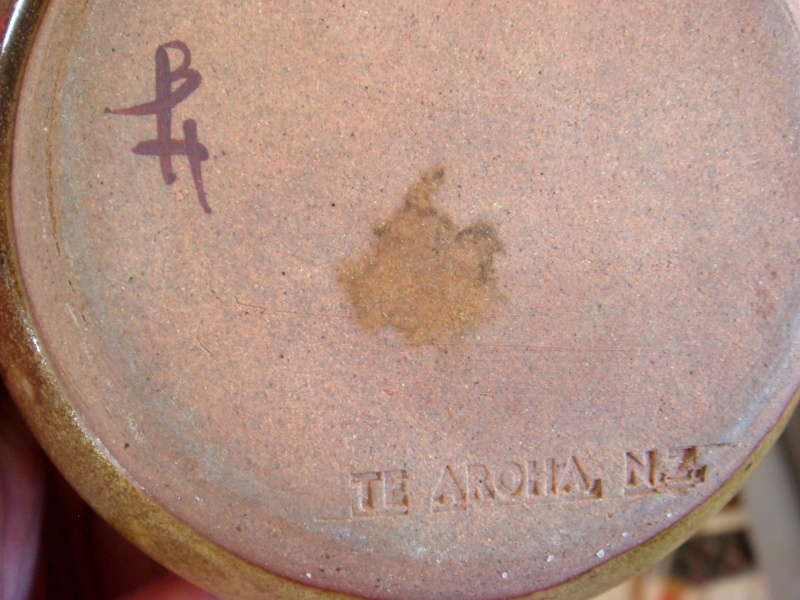 Who is the potter BH from Te Aroha please?  Also ES Te Aroha is Esme Smeeth.   Dsc09411