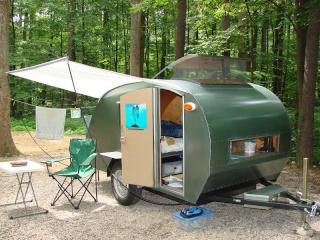 Full Time Living In A Teardrop Trailer - With DIY Tips (Trucs de dépannage en camping) Teardr12