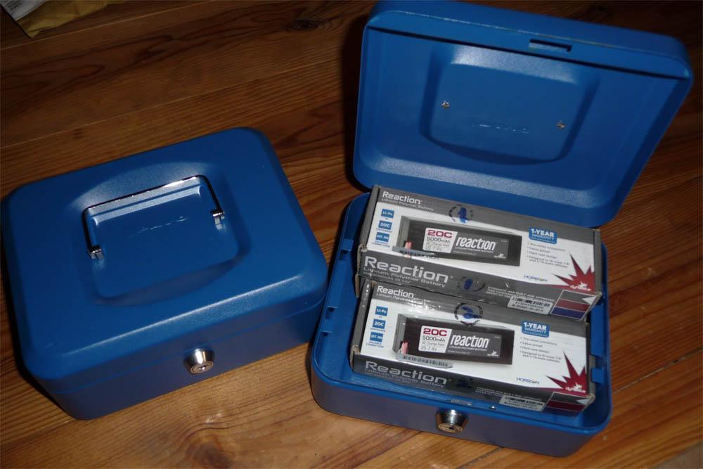 Astuce récupération batterie lipo low voltage et problème de recyclage et stockage de vos accus Lipo Boite-11