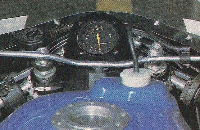 GSXR 750 SuZUKA 86 Replica - Page 2 Captur12