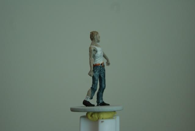 TUTO: peindre un zombie de base de ZOMBICIDE . Dsc03310