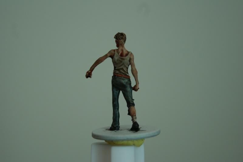 TUTO: peindre un zombie de base de ZOMBICIDE . Dsc03311