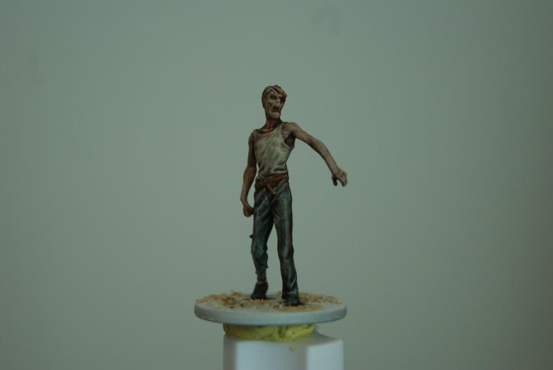TUTO: peindre un zombie de base de ZOMBICIDE . Dsc03312