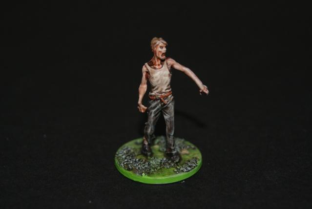 TUTO: peindre un zombie de base de ZOMBICIDE . Dsc03313