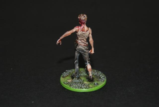 TUTO: peindre un zombie de base de ZOMBICIDE . Dsc03314