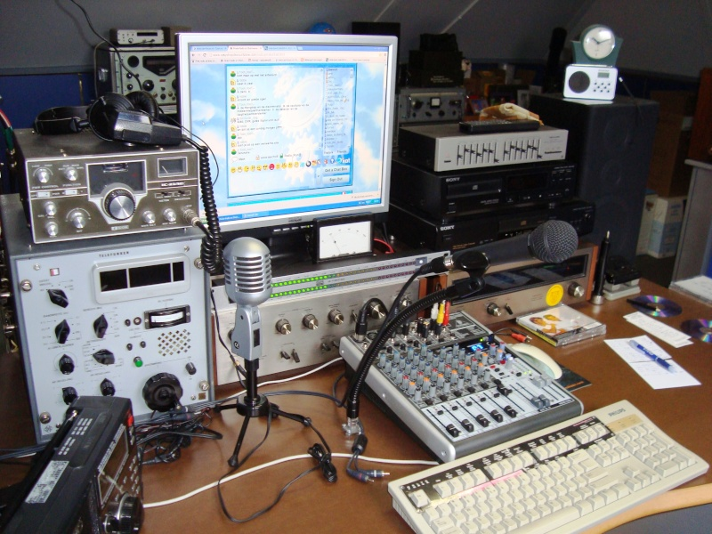 eQSL Radio Zeewolf / Blackstone. Radio_18