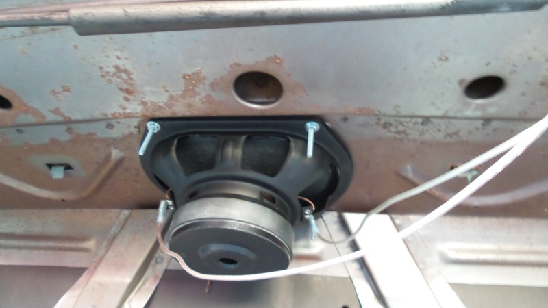 rear package tray speaker provisions? 20160317