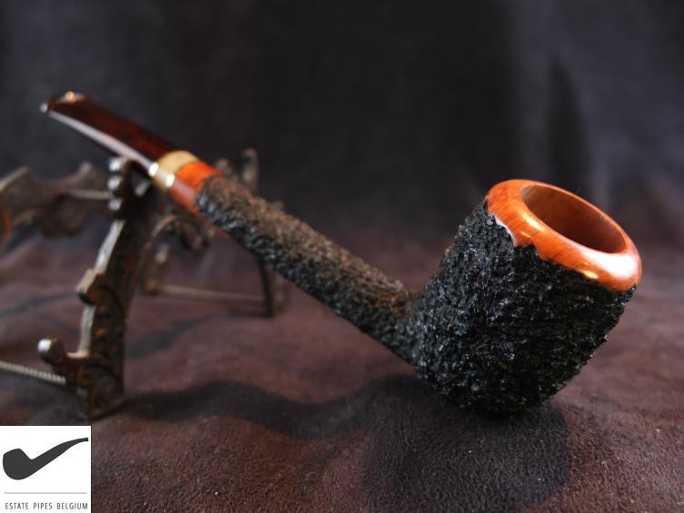 Chacun deux mars sa journée avec une bonne pipe.  - Page 2 3249_d11