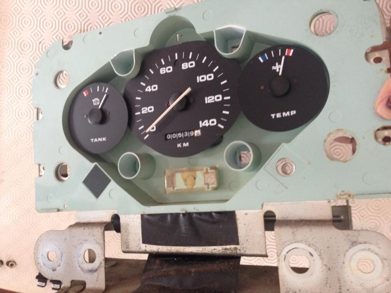 Commutateur/commodo phares et jauge carburant Img_3115