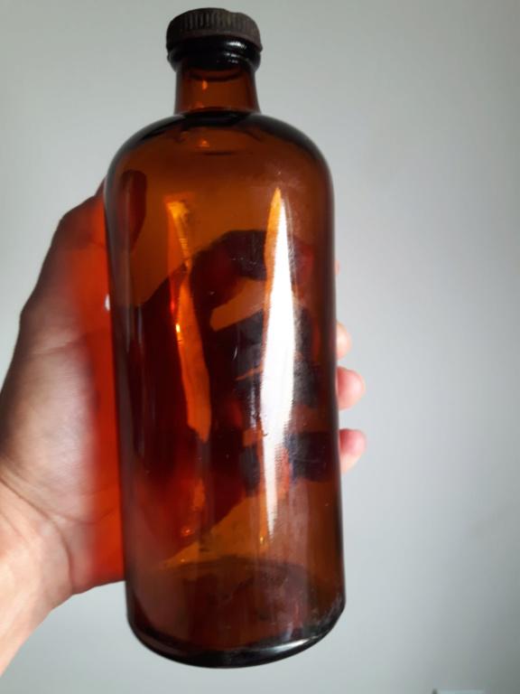 Besoin d'aide: bouteille verte, blanche et brune 20190910