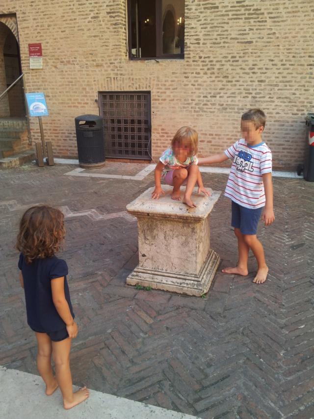 21 Agosto: serata al Ferrara Buskers Festival Bimba10