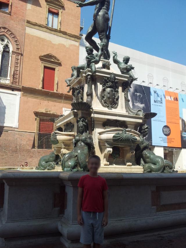 22 Agosto - Alla scoperta della città di Bologna Fontan15