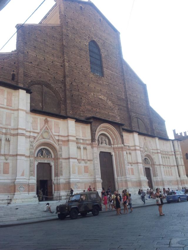 22 Agosto - Alla scoperta della città di Bologna San_pe10