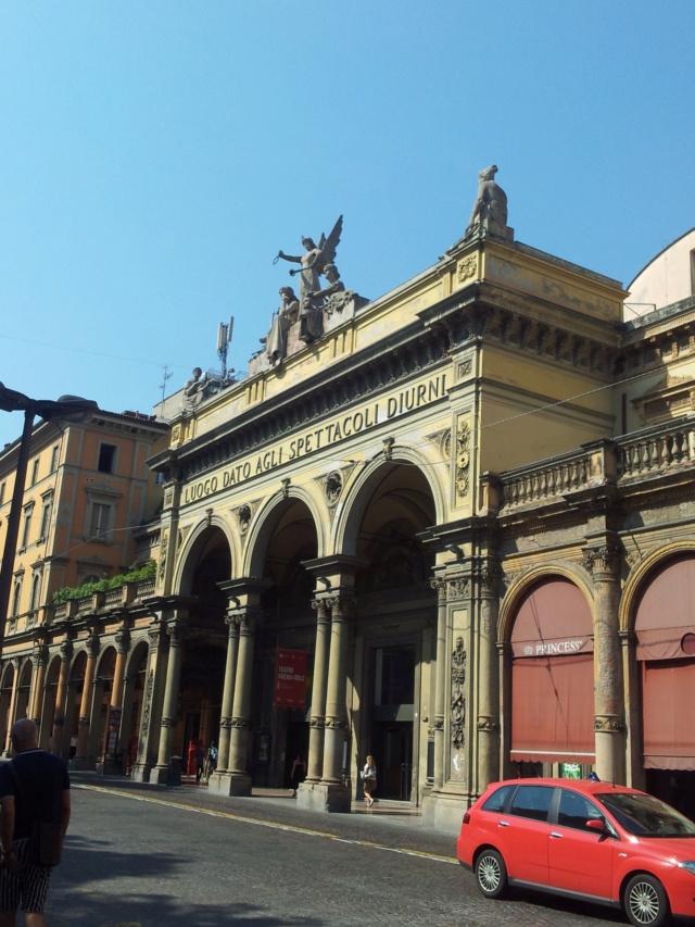 22 Agosto - Alla scoperta della città di Bologna Teatro10
