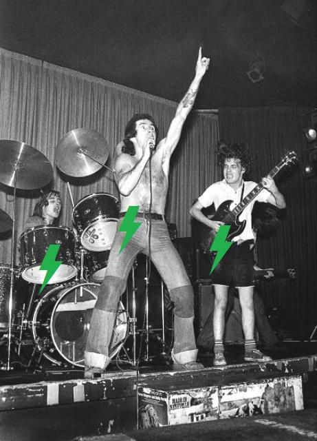 1976 / 05 / 24 - UK, London, The Nashville 210