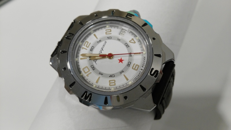 Vos montres russes customisées/modifiées - Page 3 2016-014