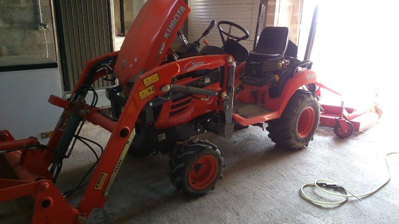 probléme sur micro tracteur kubota  Dsc_0011