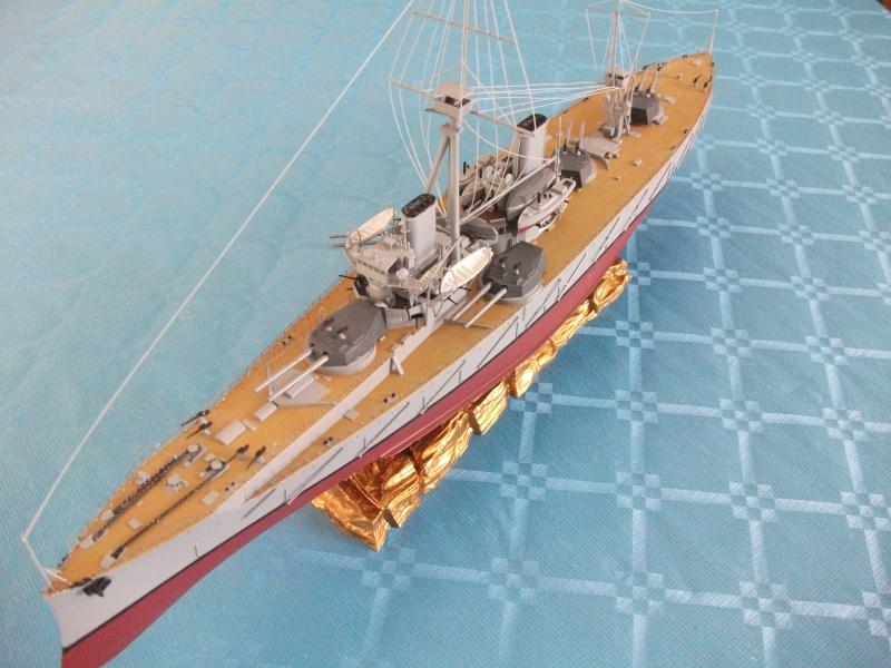 HMS DREADNOUGHT 1/350 zvevda Dscf1514