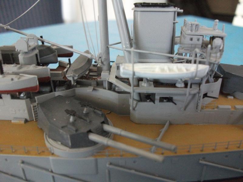HMS DREADNOUGHT 1/350 zvevda Dscf1515