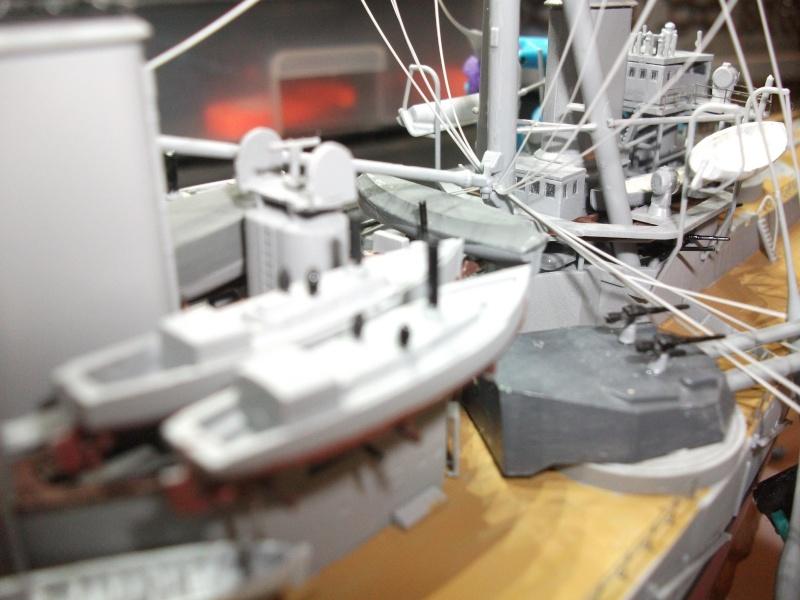 HMS DREADNOUGHT   1/350 Dscf1523