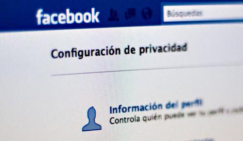 Facebook - La guerra sin fin de Alemania contra el 'me gusta' de Facebook Facebo10