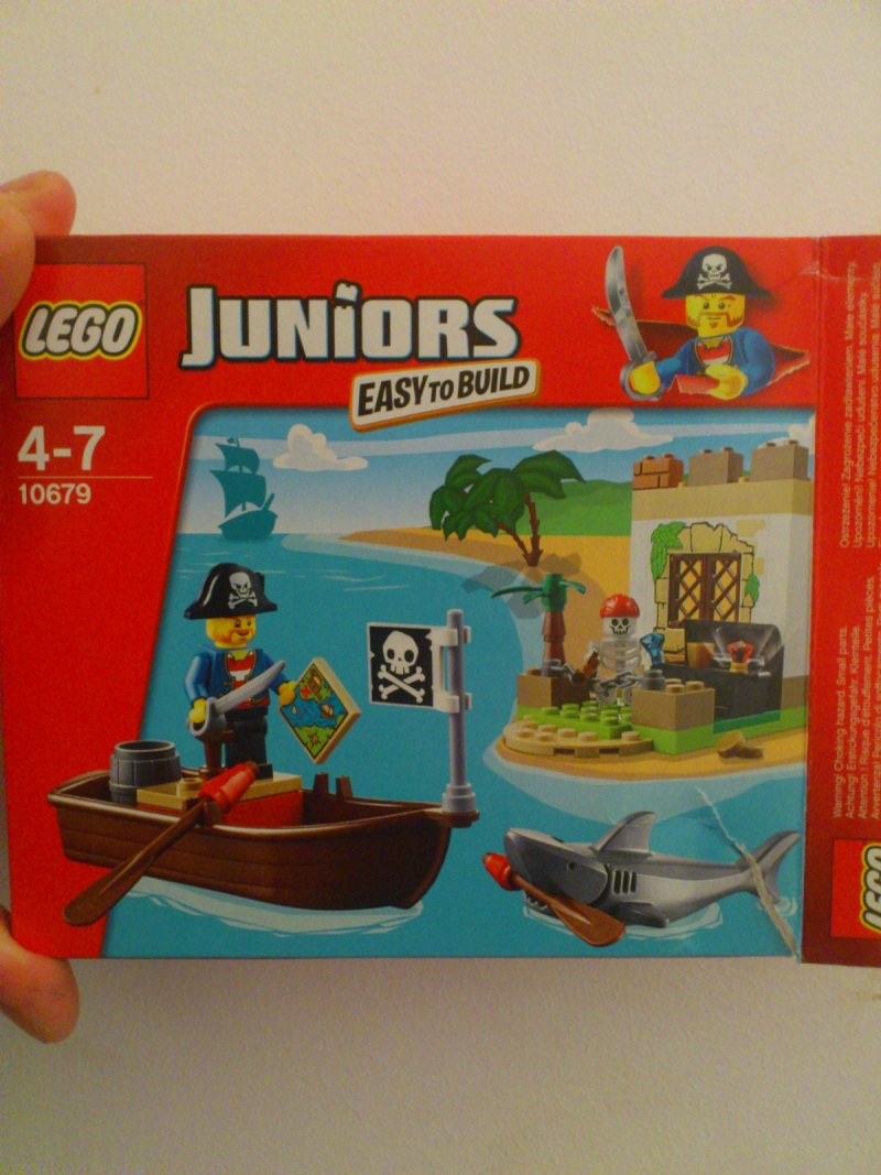 theBrickReview: LEGO 10679 JUNIORS PIRATE TREASURE HUNT Pirate10
