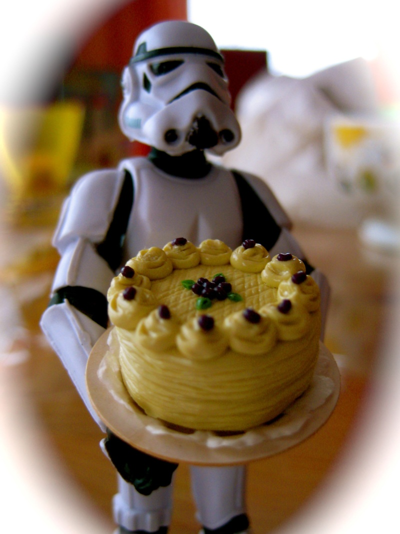 "Mos Eisley wünscht ""Happy Birthday!"" - Seite 33 Happyb10"