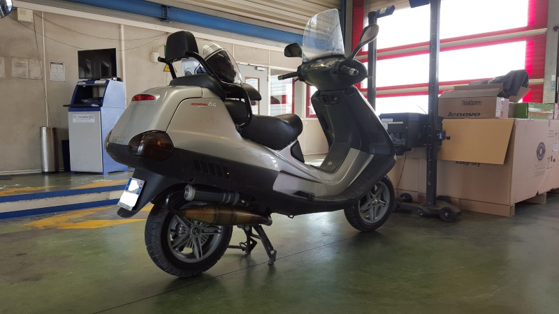 Mon 2e maxi-scoot PIAGGIO HEXAGON LX 125 - Page 2 20160210