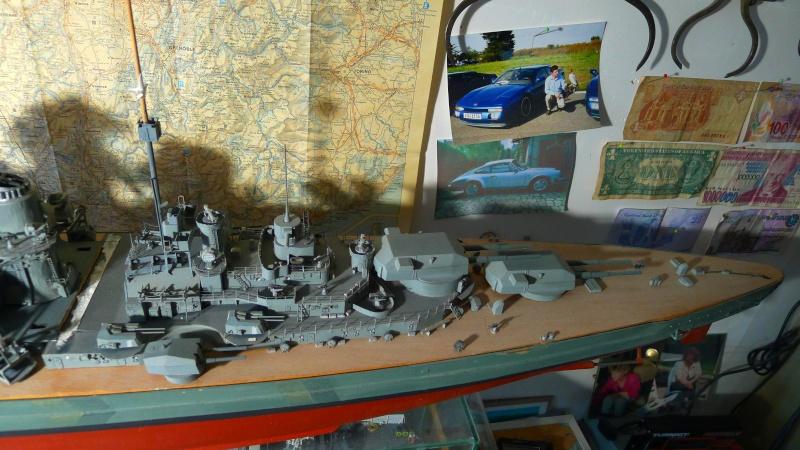 Bismarck scratch au 1/200 ème P1000813