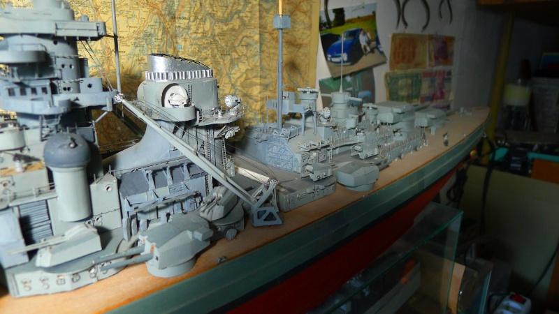 Bismarck scratch au 1/200 ème P1000815