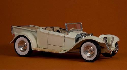Vintage built automobile model kit survivor - Hot rod et Custom car maquettes montées anciennes - Page 4 12744610
