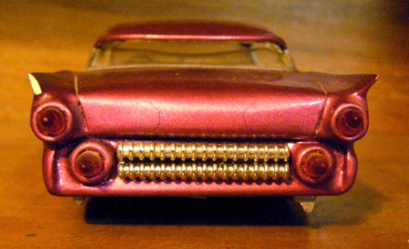 Vintage built automobile model kit survivor - Hot rod et Custom car maquettes montées anciennes - Page 4 12792212