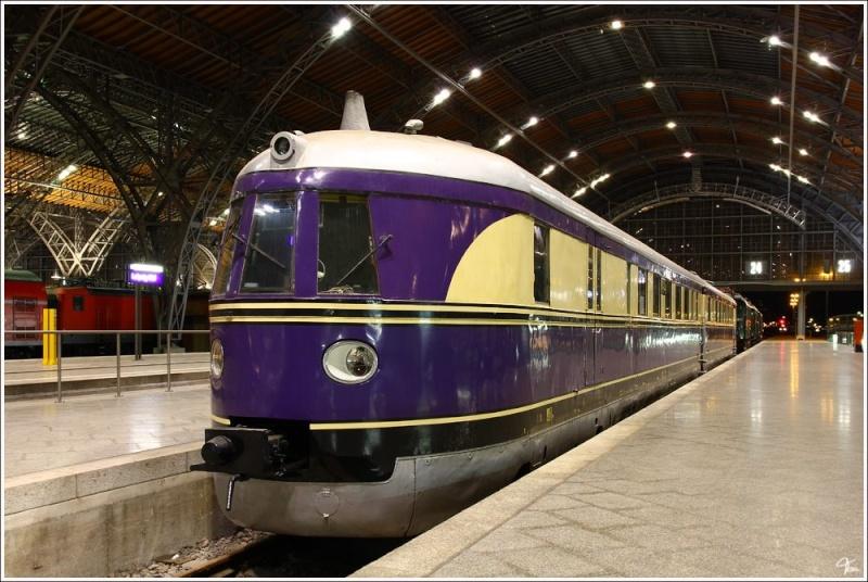 Locomotives et trains vintages - Page 3 12794910