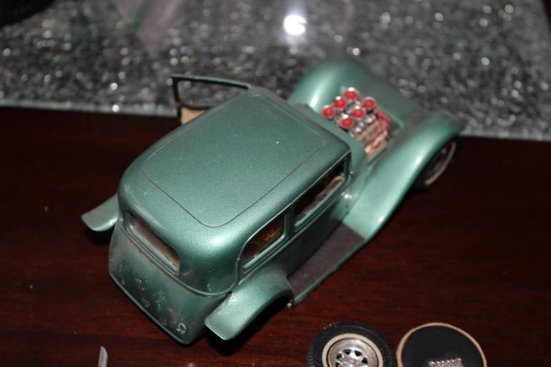 Vintage built automobile model kit survivor - Hot rod et Custom car maquettes montées anciennes - Page 4 12819210
