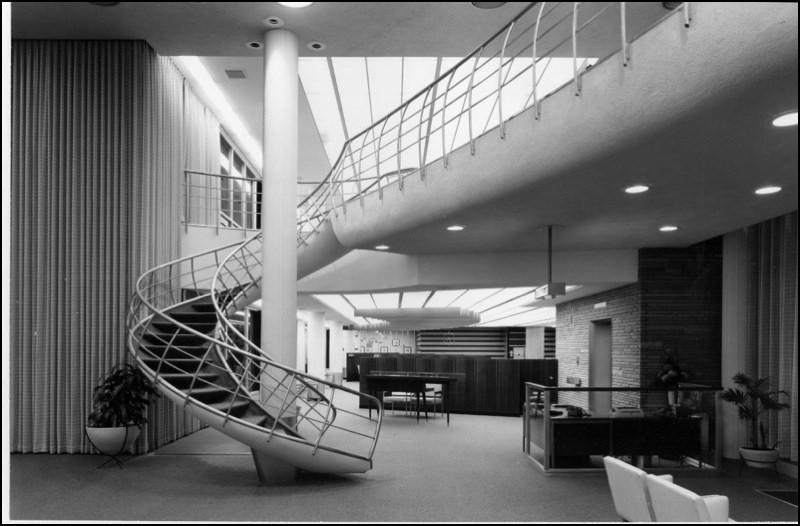 Architectures de banques et bureaux vintages - 1950's & 1960's Office & Bank  Arch1111