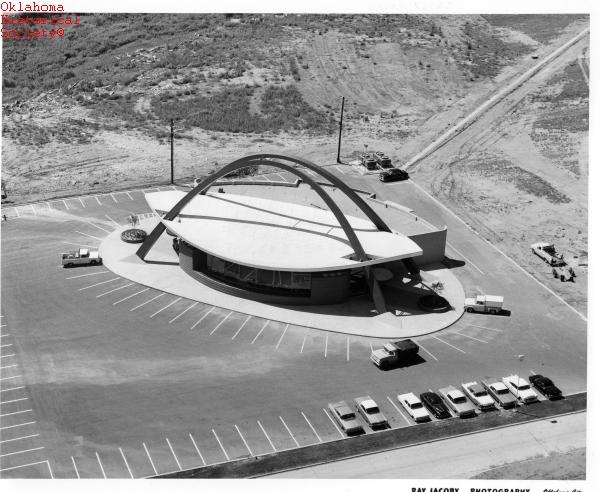 Architectures de banques et bureaux vintages - 1950's & 1960's Office & Bank  Founde11