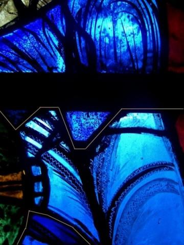 """Une recherche sur le magnifique """"bleu de Chartres"""". Bv4-to10"""