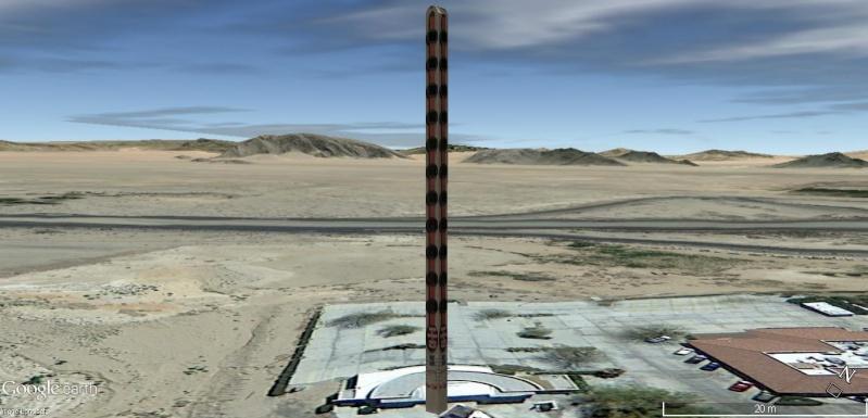 Le plus grand thermomètre au monde, à Baker (Death Valley) en Californie, États-Unis. Thermo12