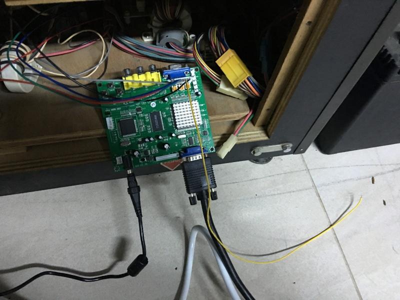 Branchement convecteur ega/cga video vers vga Img_5312