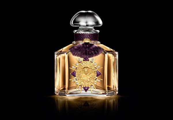 Offrez-vous le parfum de Marie Antoinette... Cbgi8s10