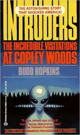 Intruders - Les visiteurs de l'au-delà 3210
