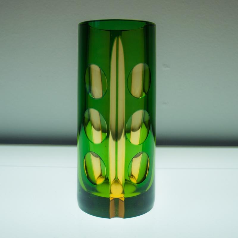 Please ID this strange vase (Czech Bohemian Art Glass?) Vaas110