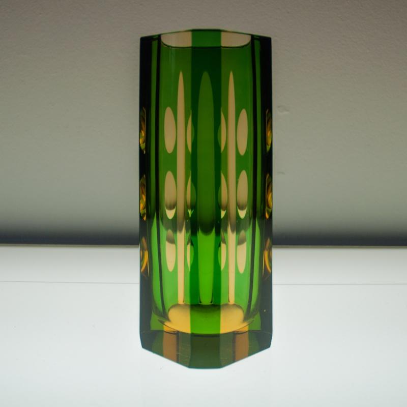 Please ID this strange vase (Czech Bohemian Art Glass?) Vaas210