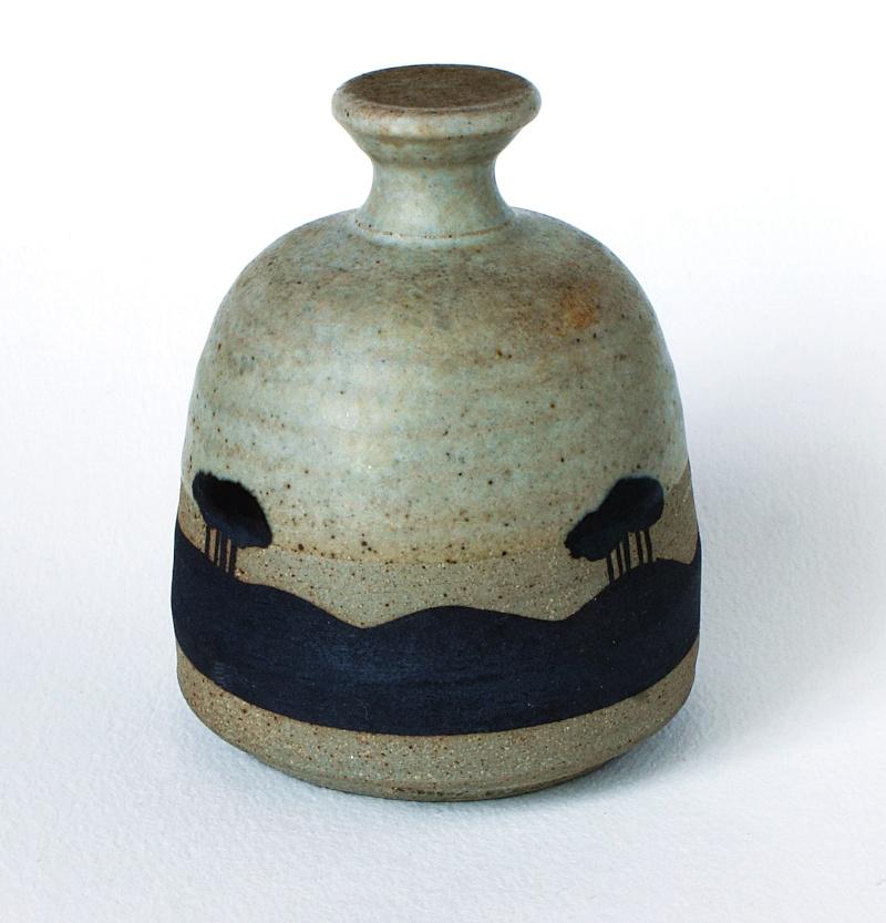 Vase - Paul Webb or Rick Fletcher, Wales? 2016-010