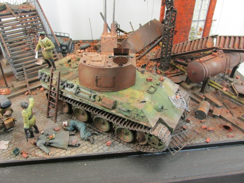 Flakpanzer V Coelian - Dragon 1/35 ref 9022 - photodécoupe Eduard - Page 10 Berlin21
